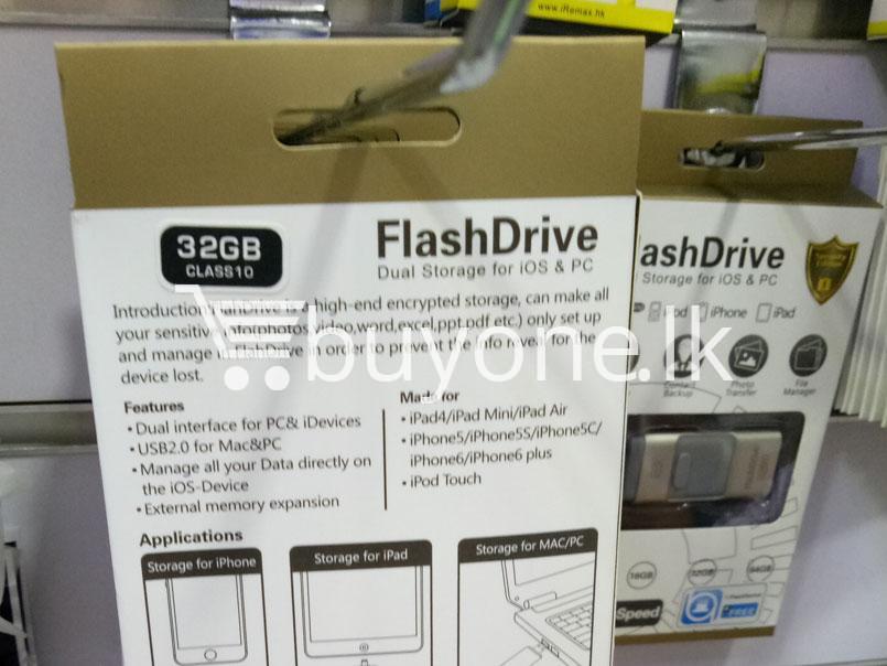 32GB Flash Drive Dual Storage for IOS & PC